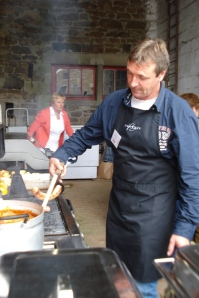 Jean-Marc, maître ès barbecue