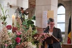 Françoise transmet la parole de saint Paul aux Romains... et à nous