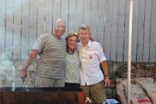 L'équipe de choc des pains-saucisses: José, Anne & Jean-Louis