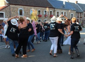 Les Rebelle's groupe de country danse à la Saint-Fiacre