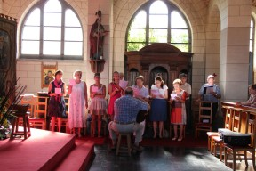 La chorale lors de la messe de la Saint-Fiacre